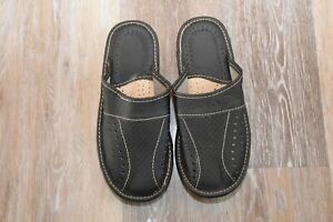 Leather House sheepskin Scuff or Slide Slippers Light Weight Men's Black