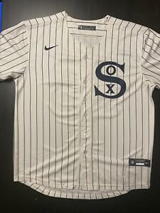 New with Tags Luis Roberts Chicago White Sox Field Of Dreams Jersey size Med-3XL