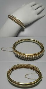 C1189 Estate 14K Solid Yellow Gold White Cultured Pearl Hinged Bangle Bracelet