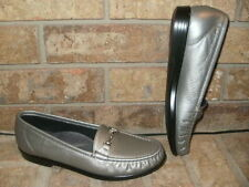 New SAS Metro Pewter Leather Loafer 8.5 S /Tripad Comfort USA