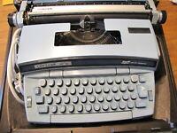Nice Vintage Smith Corona Portable Electric Typewriter.