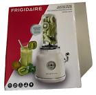 Frigidaire ESMM100 electric Retro Kitchen Smoothie Maker Blender - Cream