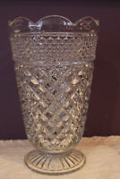 "ANCHOR HOCKING WEXFORD 10-1/2"" CLEAR GLASS FOOTED FLOWER VASE"