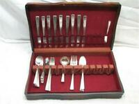 Set 50 pcs Wm Rogers Mfg Revelation/Tapestry Silver Plate Flatware w/Box