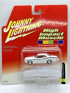 Johnny Lightning High Impact Muscle 1971 Plymouth Duster 340