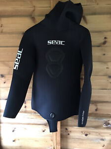 New seac royal 5.0 Hooded Jacket / Wet Suit Top Black XL