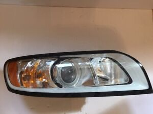 2007 - 2011 Volvo S40 RH Right Passenger Headlamp Headlight, Halogen OEM