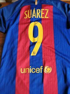 KIDS FC Barcelona 2016/17 Nike Home Football Shirt. Suarez 9. 10 YEAR OLDS
