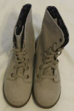 American Eagle Suede Lace Up Boot With Pocket On Side Size 8 1/2 Never Worn