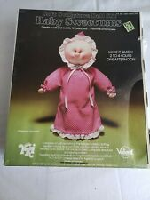 1977 Vintage Baby Sweetums Soft Sculpture Doll Kit Yki Complete In Box New Diy