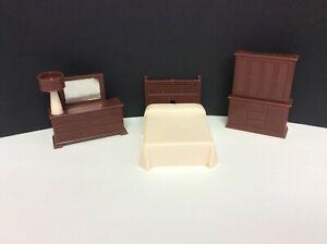 Vintage RENWAL PLASTIC BEDROOM FURNITURE- IVORY/BROWN