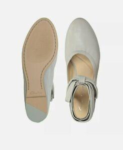 Clarks  Grace Sofia Grey Combi Leather Pumps Flat Shoes Lace Up Uk 5 D EU 38.