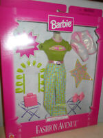Barbie TREND CITY Fashion Avenue 1999 20642 Green Pink