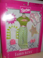 Barbie TREND CITY Fashion Avenue 1999 20642 Green Pink