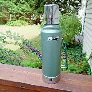 Stanley Hot & Cold Green Thermos Classic Vacuum 1 Quart Soup & Coffee