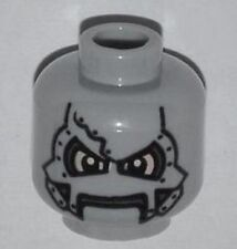 LEGO - Minifig, Head Alien w/ Metal Mask & Yellow Eyes Pattern (Dr. Doom)