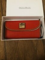 Dooney & Bourke Pebble Grain Continental Clutch Wallet NEW STILL IN BOX