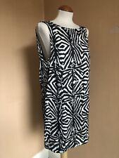 Pop CPH @ Asos Zebra impresión monocromática Satinado Vestido Recto chimenea Cortina Espalda Baja/M