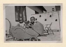 PHOTO ANCIENNE Poussette Landau en osier Enfant Bébé Vers 1930-1940 Vintage