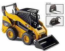 64*NEW* Norscot 55167 Caterpillar Cat 272C Skid Steer Loader 1:32 Die-Cast Model