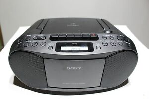 Sony Cassette Tape and CD Player with Radio CFD-S70