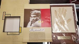 Muhammad Ali Plaster Hand Print on Wood Plaque Silk Road Gifts -New in Plastic