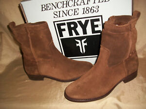 size 6.5  Womens FRYE Suede-LEATHER  Wood Brown Boots Slip-On  Cara Short