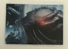 ALIENS VS PREDATOR REQUIEM MOVIE BATTLEFIELD FOIL INSERT CARD B2 ARMED RUTHLESS