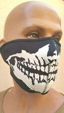 Masque BIKER , fermeture par l'arrière de type Scratch .......