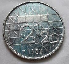 1982 Netherlands Dutch 2 1/2 Gulden Beatrix Coin big coin