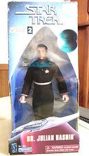 Rare 1993 STAR TREK Deep Space Nine DR. JULIAN BASHIR w/ Medical Kit,Tricorder..
