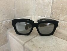 Quay Australia Sunglasses Women's MIDNIGHT RUNNER Black/Silver NWT & Soft Case