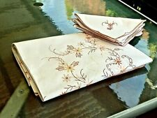 BEAUTIFUL WHITE COTTON HAND EMBROIDERED  BANQUET TABLECLOTH & NAPKINS UNUSED