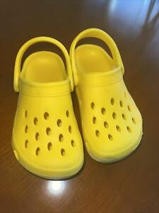 Kids Croc Style Shoes By M&S. Size 9. Good Used Condition.