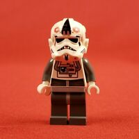 Genuine Lego 8129 Star Wars AT AT Driver Minifigure