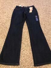 NWT Levi's Women's 515 Bootcut Jean Size 4M/27 *super Soft!*