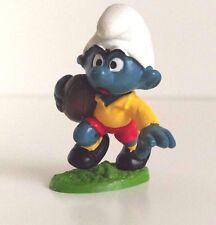 Vintage Peyo / Schleich Smurf -  Rare Smurf Figure - Rugby Player 2.0065