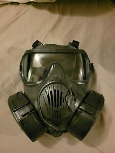 Avon M50 Protective Gas Mask SIZE LARGE with filters