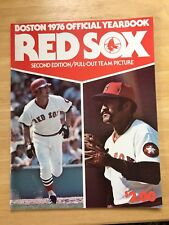 1976 Boston Red Sox Official Yearbook NM/M Condition Yaz Lynn Fisk Rice Tiant