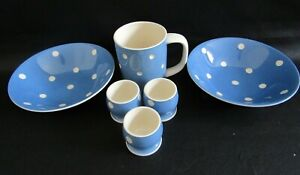 TG GREEN CLOVERLEAF CORNISHWARE BLUE DOMINO MUG, 2 X CEREAL BOWLS, 3X EGG CUPS