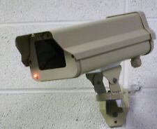 Outdoor Fake Security CCTV CCD Camera w/Flashing LED Light