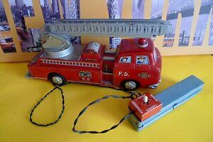 POMPIERS VINTAGE TM MODERN TOYS JAPAN - FIRE TRUCK Vintage Battery