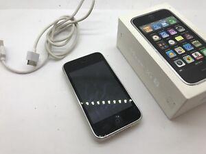 APPLE IPhone 3GS - White 16GB Read description Unlocked