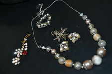 VINTAGE,jewellery,Clip earrings,buckles,brooches,necklaces,pendants beads