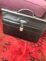 Unisex BLACK Leather BURBERRY Vintage Briefcase BAG Tote - PLAID LINED