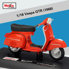 1:18 Scale Alloy Diecast Motorcycle Vespa GTR 1968 Red Collectible Scooter Model