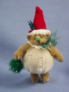 "DEB CANHAM'S ""SNOWBALL TEDDY""GOLDEN MOHAIR TEDDY DRESSED AS SNOWBALL W/SANTA HAT"