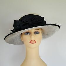 Ladies Wedding Races Hat Available For Hire £35 Black Cream Cappelli Condici