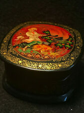 Vtg Hand Painted Russian Lacquer Box Trinket Pill Signed