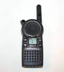 Motorola CLS 1413 Two-Way Radio Walkie Talkies